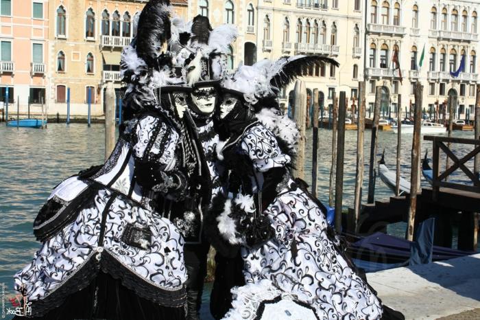 karneval in venedig karnevalkostüme faschingskostüm 2012 schwarz weiß
