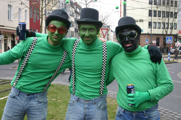 karneval kostüme karnevalskostüme logo koeln klowns narren kostüme karneval grüne