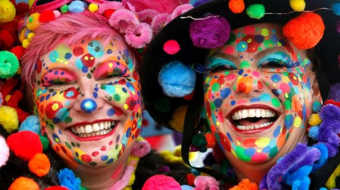 karneval kostüme karnevalskostüme logo koeln klowns narren kostüme karneval umzug frauen stark