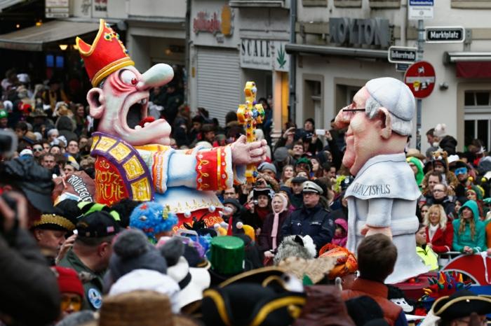 karneval kostüme karnevalskostüme logo koeln klowns narren kostüme karneval umzug karnevalartikel