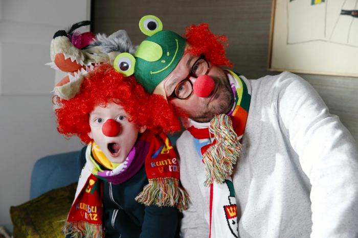 karneval kostüme karnevalskostüme   logo koeln klown  narren kostüme karneval umzug kinder