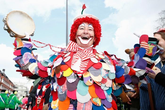 karneval kostüme karnevalskostüme  logo koeln klowns narren kostüme karneval umzug narren
