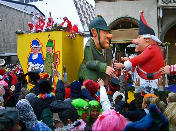 kostüme  karnevalskostüme logo koeln clown narren kostüme karneval umzug prozession