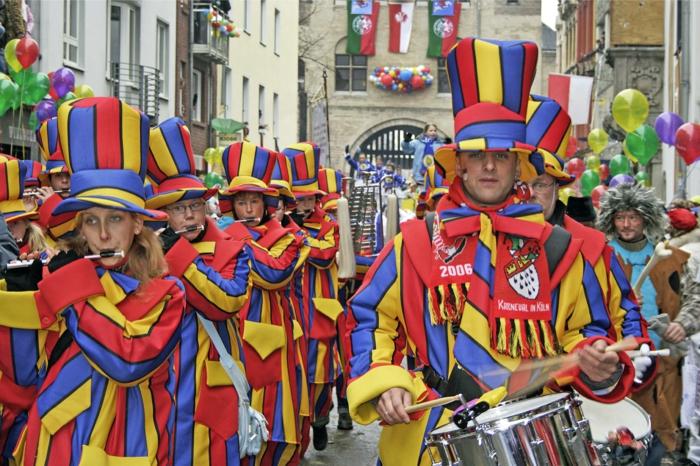 karneval kostüme karnevalskostüme logo koeln klowns narren kostüme karneval umzug