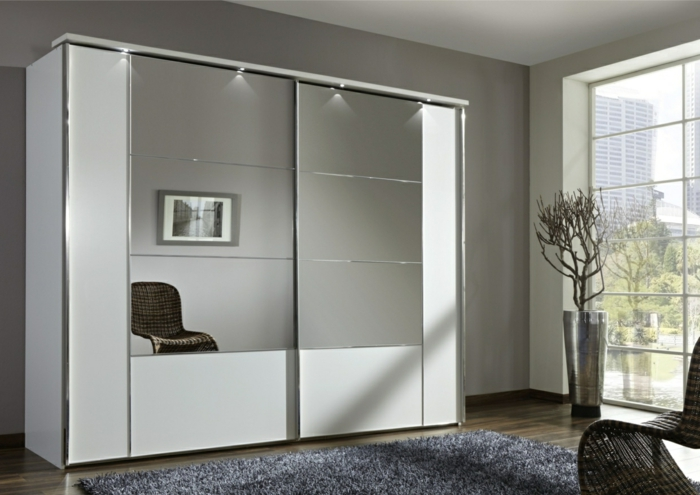 schiebe schrank great with schiebe schrank wei hochglanz schiebetr ikea pax mit schiebetren in. Black Bedroom Furniture Sets. Home Design Ideas