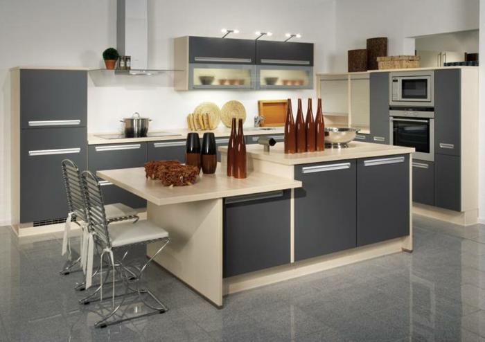kleine küchen einrichten graue küchenschränke bodenfliesen weiße wände