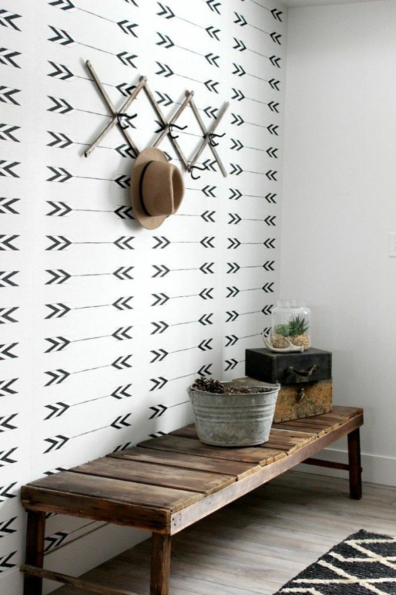 kreative Wanddeko Ideen Tapete Flur Holz Flurmöbel