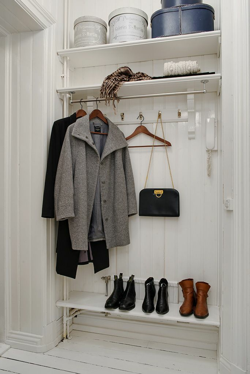 kreative Wandgestaltung Flur garderobe Flurmöbel