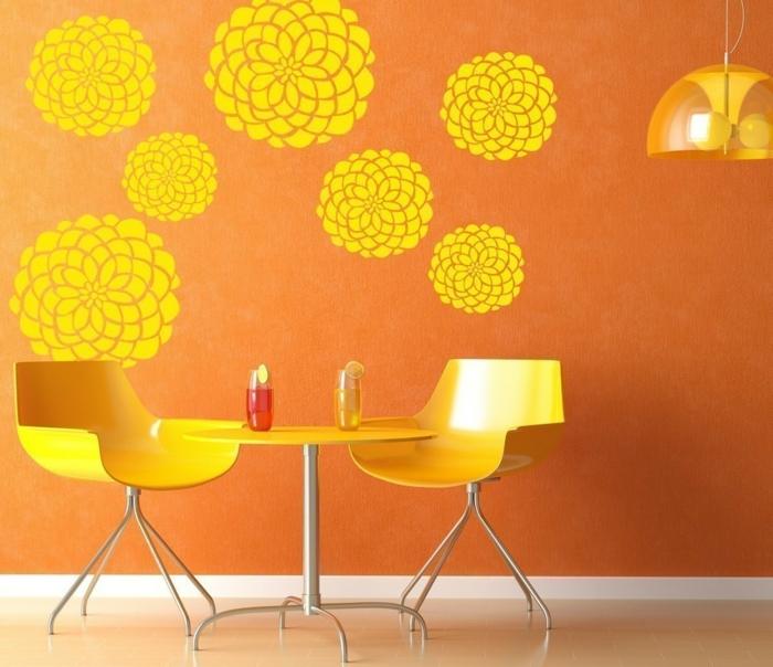 Wandmuster waende gestalten wandgestaltung farbgestaltung wandtattoo blumen gelb