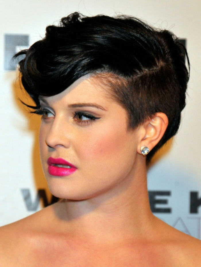 kurzhaarfrisuren pagenschnitt kurzhaarfrisur damen haarfrisuren frauen trend natürlich