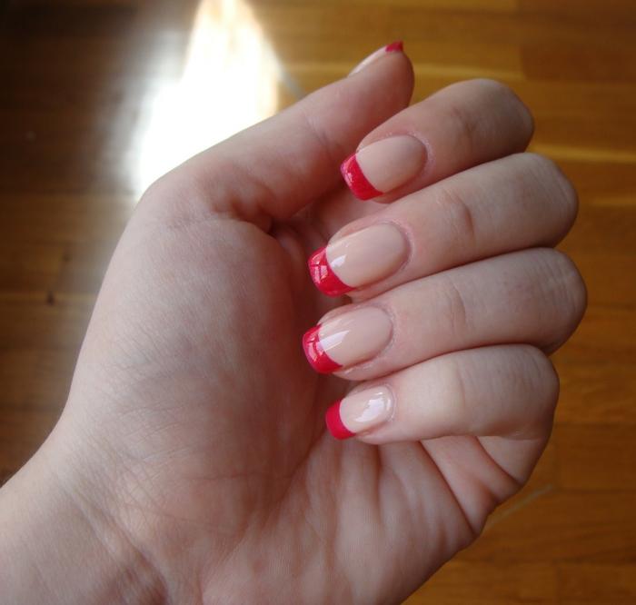 nagellack ideen rot neutral elegant schönheitstipps