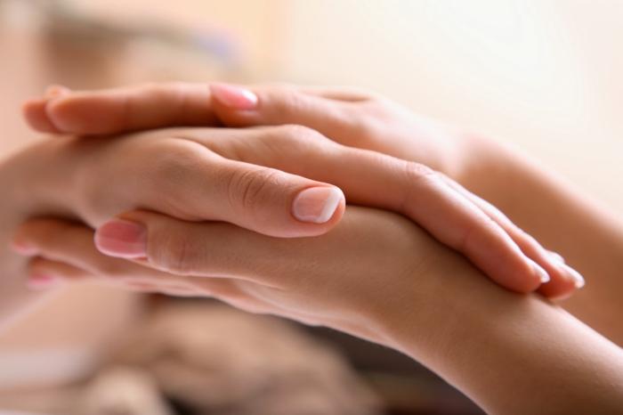 pflege für trockene haut hände trocken pflegen
