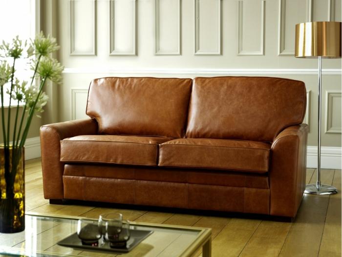 raumgestaltung möbelkauf sofa ledercouch pflegen stehlampe holzdielen