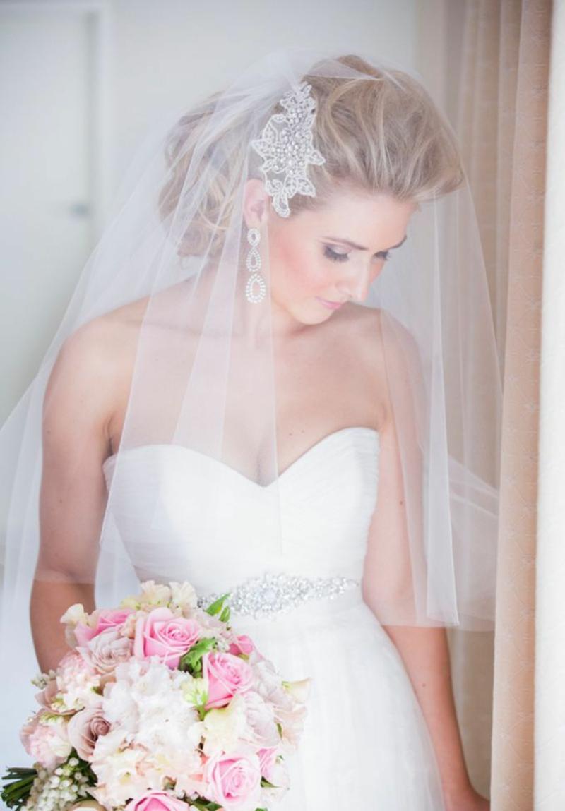 romantischer Haarschmuck Braut Brautfrisur mit Schleier