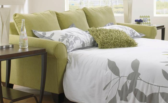 schlafsofa design grünes sofa elegant bettwäsche