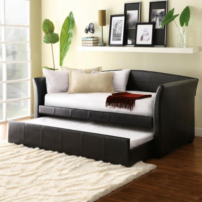 schlafsofas ideen wohnzimmner einrichten funktionale möbel weißer teppich