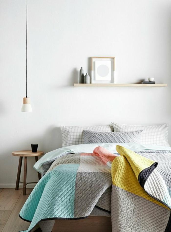 schlafzimmergestaltung ideen hölzerner beistelltisch holzregal