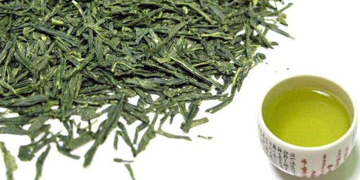 schnell und gesund abnehmen gesunde getränke grüner tee matcha matetee