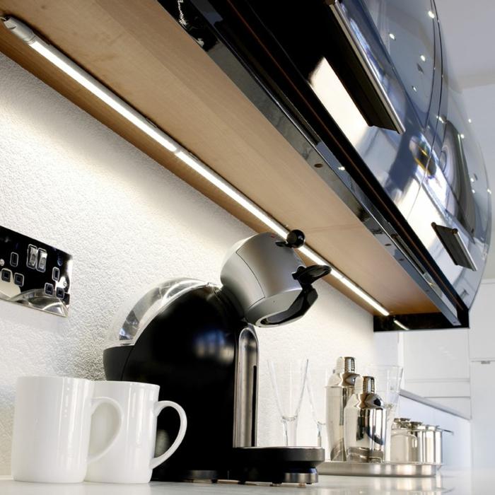 schrankleuchten led streifen unterschrankleuchten schöne küchenrückwand