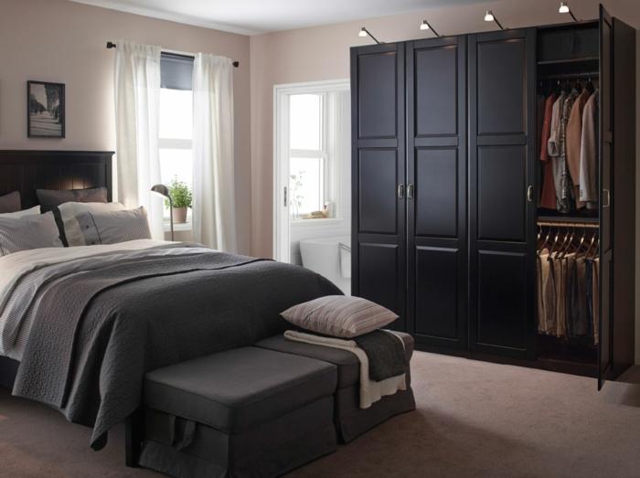 Ikea Overbed Table With Wheels ~ Schwarzer Kleiderschrank verleiht dem Schlafzimmer eine männliche