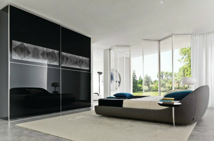 schwarzer kleiderschrank schlafzimmer einrichten ideen creme teppich panoramafenster