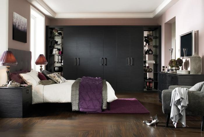 schwarzer kleiderschrank verleiht dem schlafzimmer eine m nnliche note. Black Bedroom Furniture Sets. Home Design Ideas