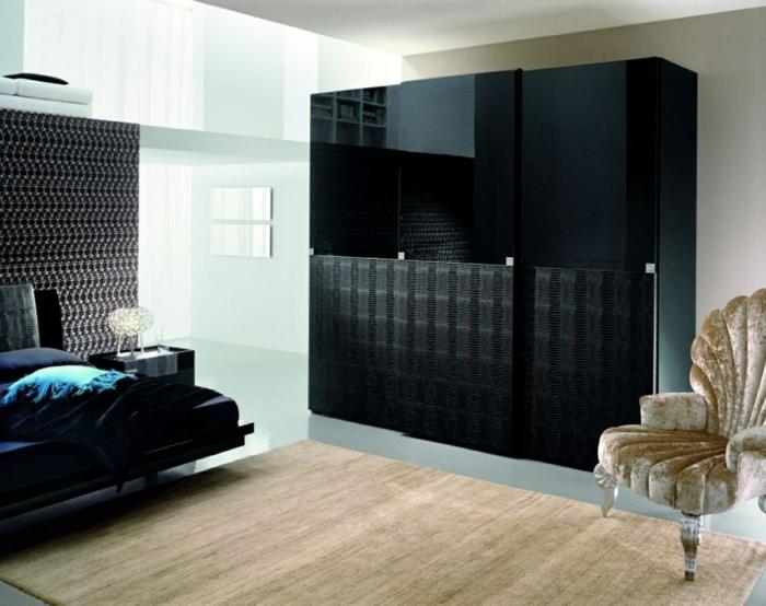 schwarzer kleiderschrank wohnideen schlafzimmer luxuriöser sessel