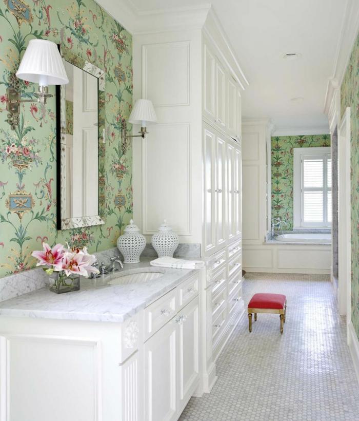 tapete muster badezimmer wandtapete florales muster weiße badmöbel