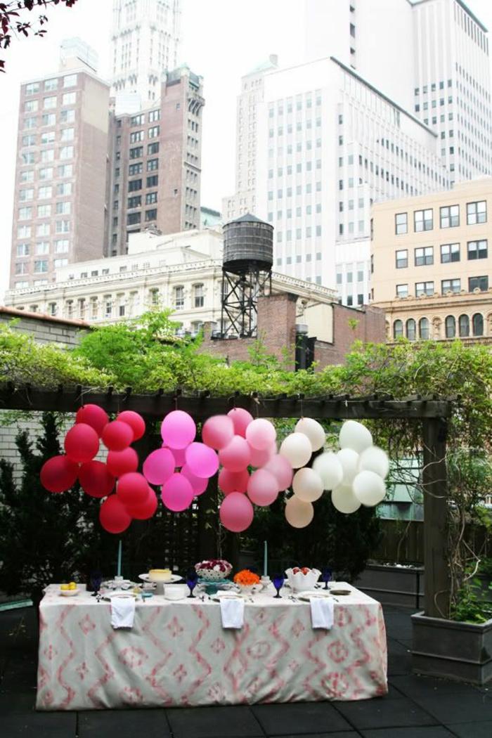 tischdeko gartenparty dekoideen garten ballons