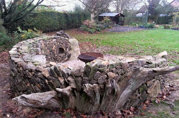 trockenmauer natursteine mauerwerk mauerer runde sitzecke grillen
