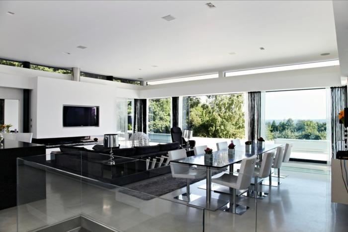 wandfarbe weiß offener wohnplan glas panoramafenster