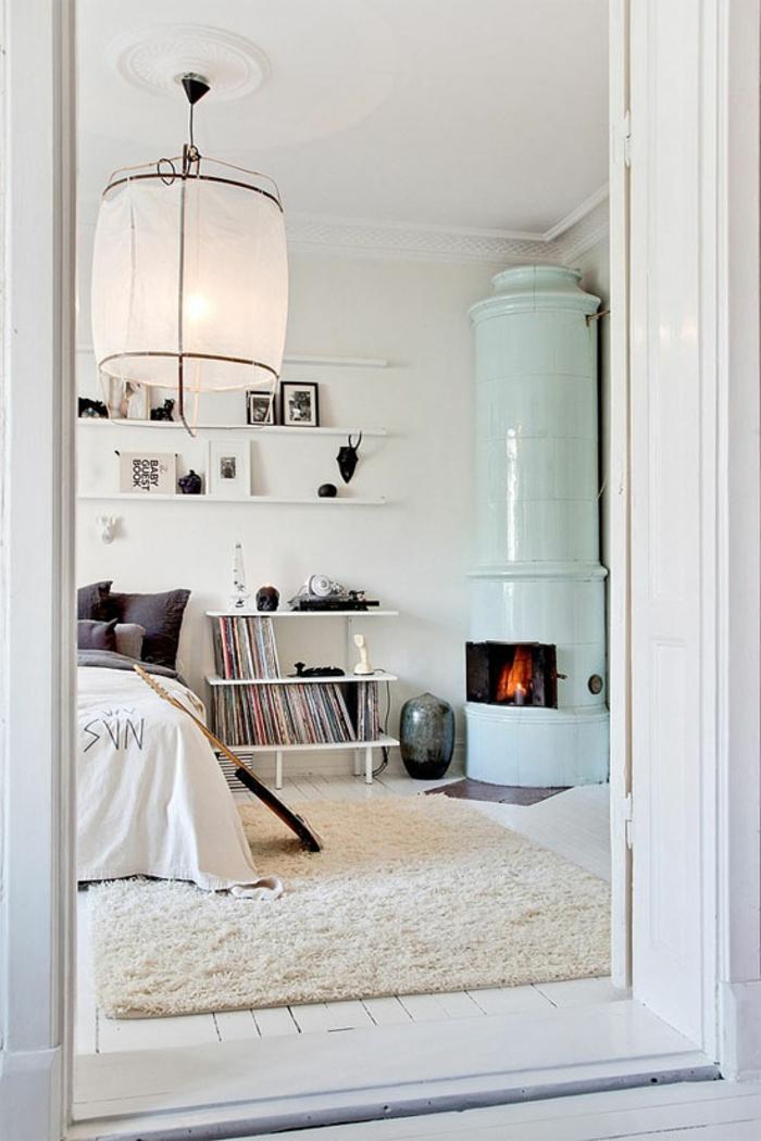 wandfarbe weiß schlafzimmer skandinavischer stil kamin
