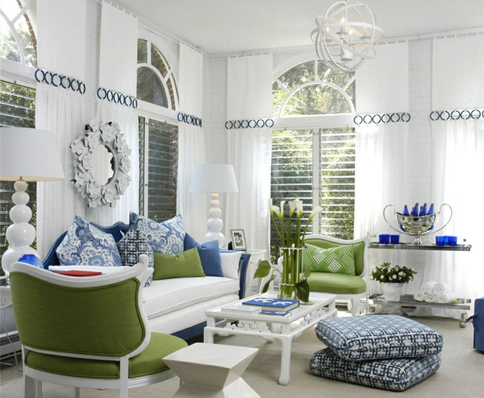 wandfarbe weiß wohnideen wohnzimmer grüne akzente leuchter
