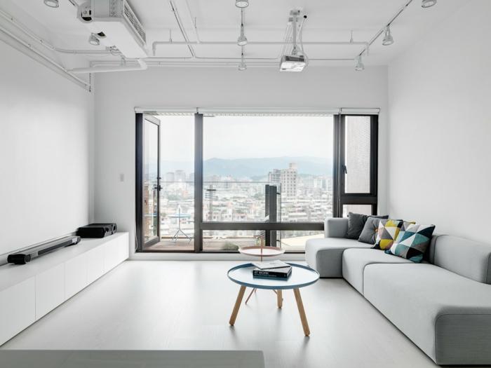 wandfarbe weiß wohnzimmer elegantes sofa skandinavisch beleuchtung
