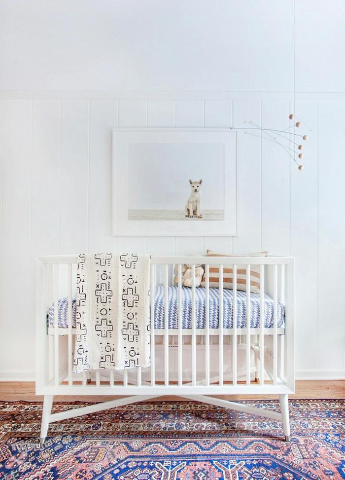 wandfarbe weiß wandgestaltung kinderzimmer babyzimmer babybett