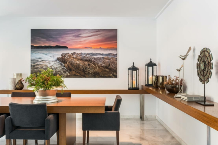 wandfarbe weiss wandgestaltung wanddeko foto meer sonnenuntergang esszimmer esstisch stühle