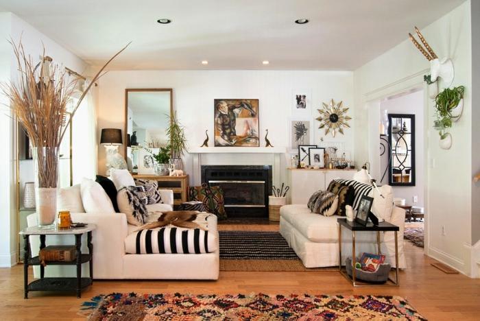 wandfarbe weiss wandgestaltung wohnzimmer teppiche sofas kamin