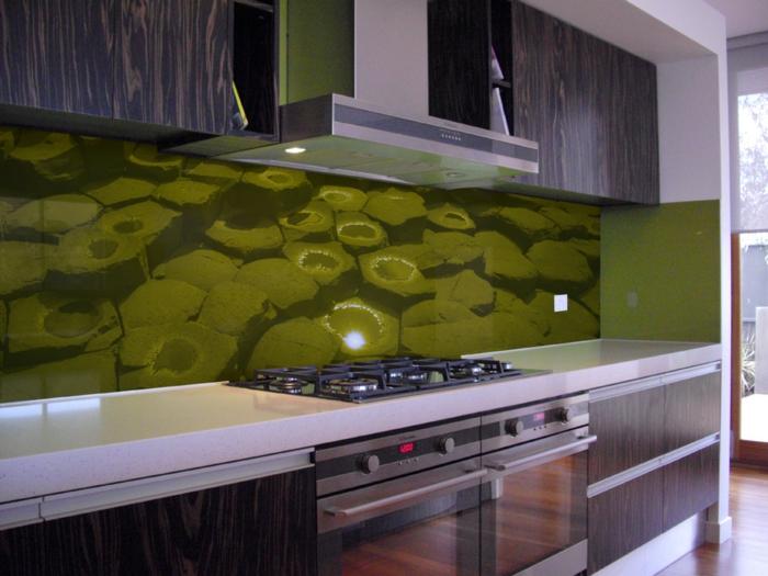 küchendesign küchen wandpaneele glas küchenschränke textur