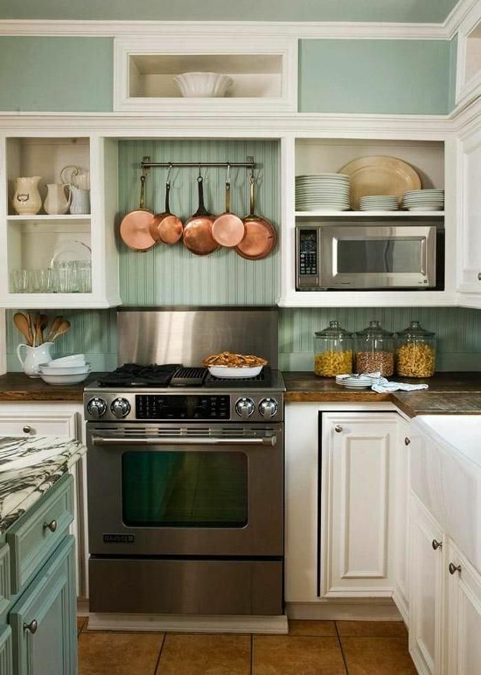 küchendesign wandpaneele holz farbig hellgrün bodenfliesen