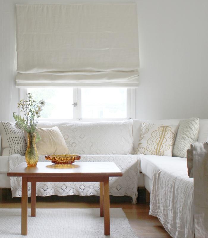 weiße wandfarbe wohnideen wohnzimmer kleiner couchtisch wohnzimmerteppich
