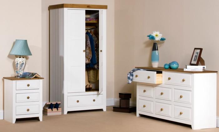 weißer kleiderschrank kompakt kommode beige wände