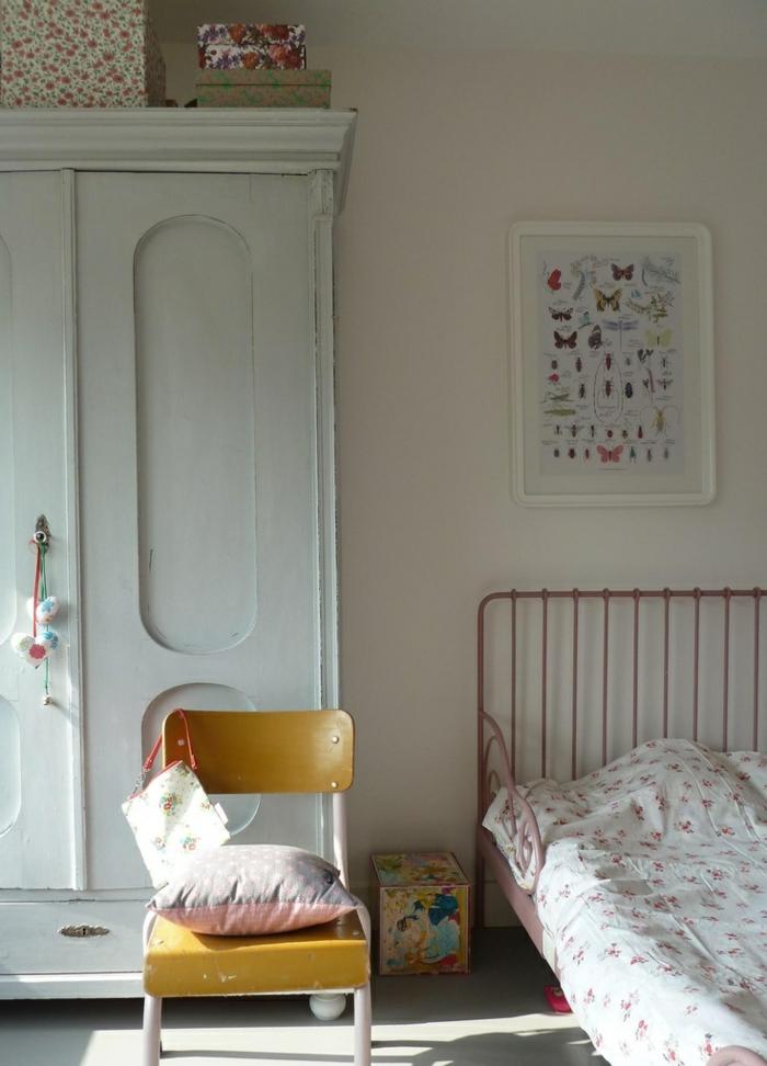 weißer kleiderschrank vintage kinderzimmer einrichten