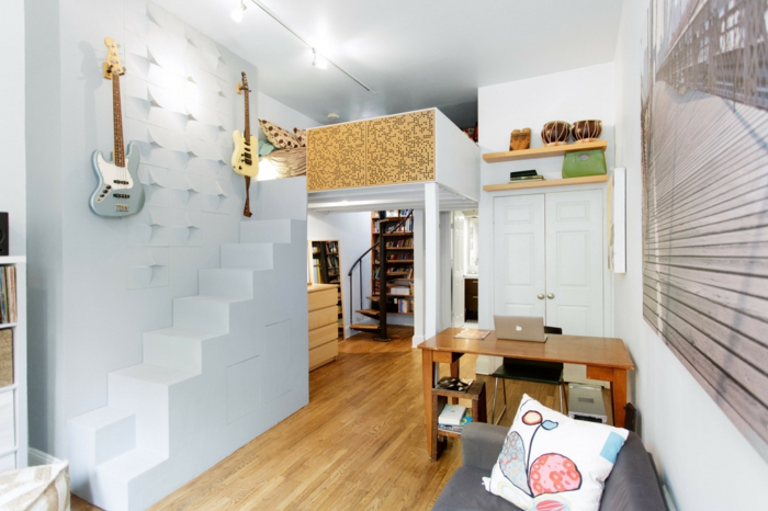 wendelltreppen kleine räume einrichten funktionale innenarchitektur wendelltreppe moderne-weiße-treppe