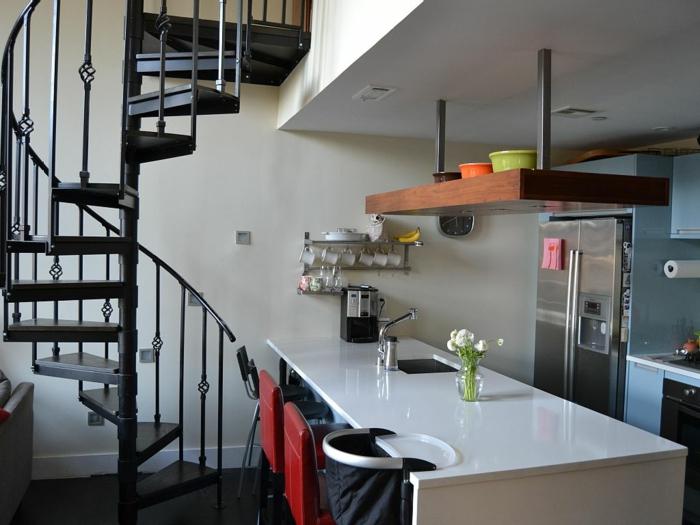 wendeltreppe innen design schwarz innenarchitektur küche