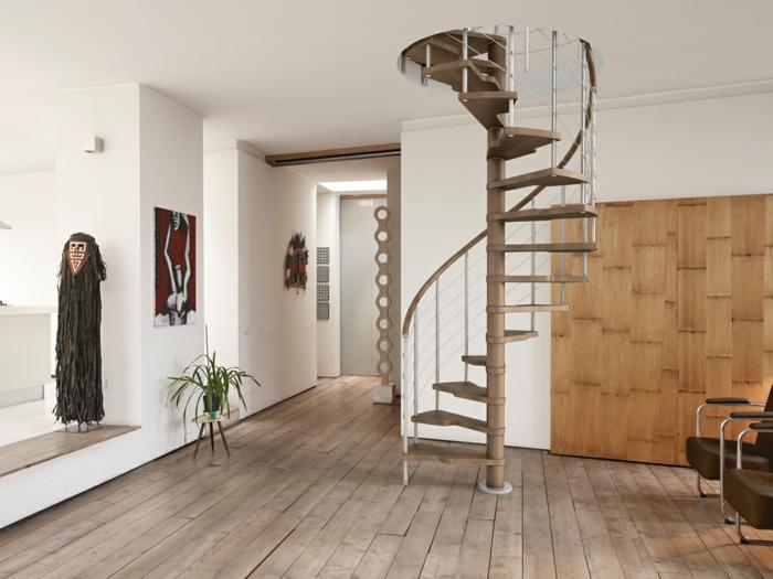 wendeltreppe innen innenarchitektur holztreppen weiße wände