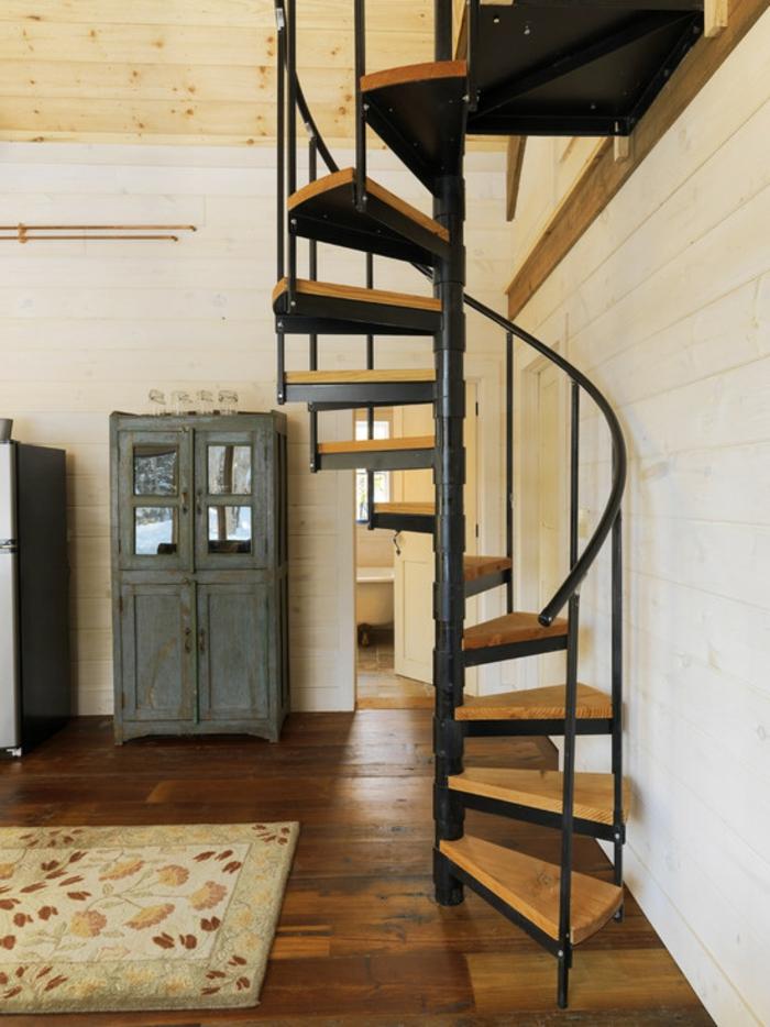 wendeltreppen design innen wohnzimmer einrichtungsideen teppich innenarchitektur