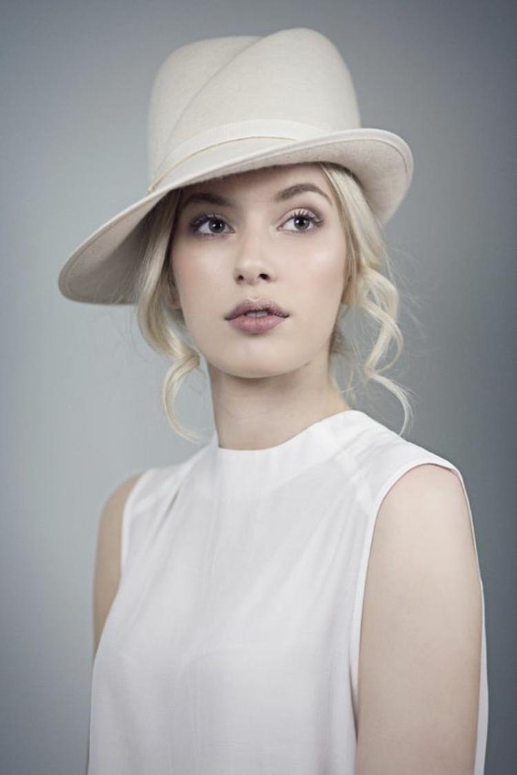 Damenhüte verschiedene Modelle Damenmode und Stylingstipps