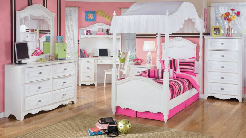 kinderzimmer wandtattoo zirkus eine lustige wandgestaltung. Black Bedroom Furniture Sets. Home Design Ideas