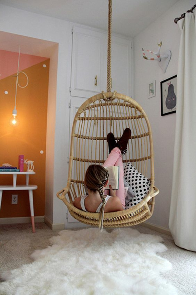 Jugendzimmer Ideen Jugendzimmermöbel Hängekorbsessel Mädchenzimmer Fellteppich
