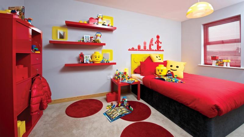Kinderzimmer für Jungs Ideen Farbgestaltung rot Lego steine